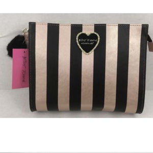 Betsey Johnson Cosmetic Case Wristlet Metallic